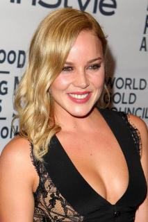 Abbie Cornish [936x1404] [179.47 kb]