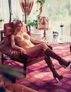 Nina Bott en Playboy Desnuda [1006x1300] [274.98 kb]