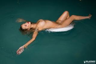 Stephanie Branton en Playboy Desnuda [1200x800] [101.21 kb]