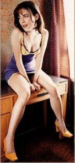 Lara Flynn Boyle [276x598] [36.19 kb]