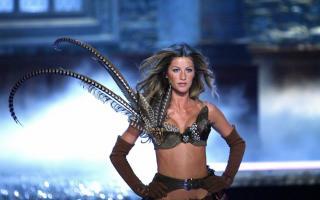 Victorias Secret Show 2006 [1200x751] [110.5 kb]