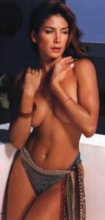 Patricia Manterola en Maxim [756x1579] [143.2 kb]