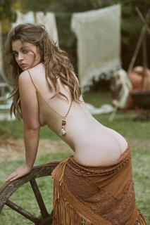 Ronja Forcher en Playboy Desnuda [1000x1500] [363.48 kb]