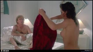 Kelly LeBrock Desnuda [1940x1100] [205.07 kb]