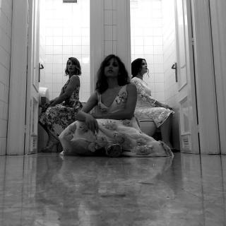 Michelle Jenner [1080x1080] [171.15 kb]