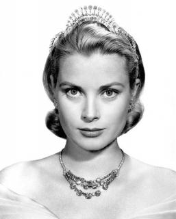 Grace Kelly [482x600] [35.42 kb]