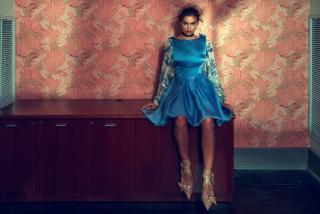 Irina Shayk en Vogue [1977x1324] [675.07 kb]