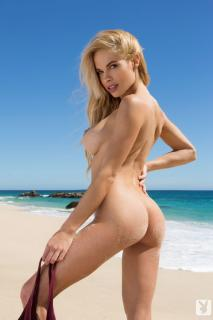 Dani Mathers en playboy desnuda [683x1024] [79.05 kb]