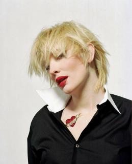 Cate Blanchett [830x1024] [116.83 kb]