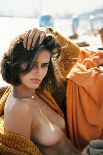 Johanne Landbo en Playboy Desnuda [1931x2880] [1333.52 kb]