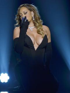 Mariah Carey [800x1061] [127.81 kb]