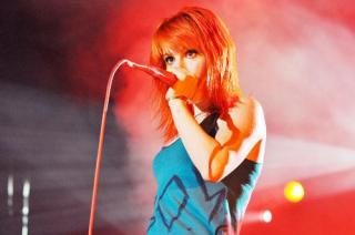 Hayley Williams [500x332] [22.49 kb]