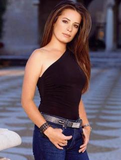 Holly Marie Combs [400x531] [27.24 kb]