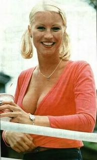 Denise Van Outen [303x500] [21.72 kb]