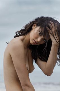 Kendall Jenner en Angels Desnuda [3000x4500] [744.57 kb]