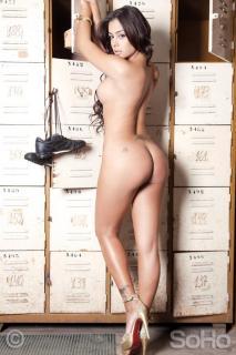 Larissa Riquelme [600x900] [76.47 kb]