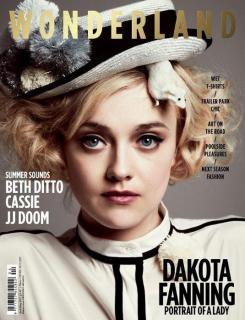 Dakota Fanning [535x698] [70.28 kb]