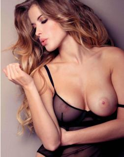 Raquel Jacob en Playboy Desnuda [1792x2272] [443.71 kb]