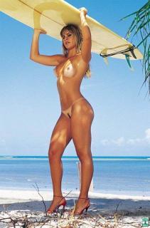 Livia Lemos en Playboy [526x796] [63.39 kb]