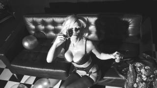 Pamela Anderson [1280x720] [133.65 kb]