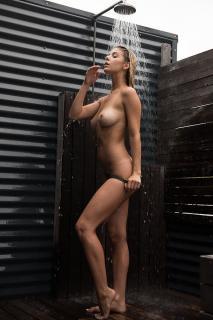Ashley Marie Dickerson Desnuda [601x900] [115.34 kb]