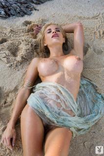 Dani Mathers en playboy desnuda [683x1024] [225.15 kb]