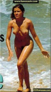 María Pujalte en Topless Desnuda [299x537] [45.85 kb]
