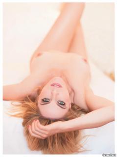 Claudia Gerini en Playboy [1239x1654] [146.98 kb]
