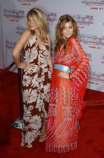 Mary-Kate y Ashley Olsen [600x902] [104.68 kb]