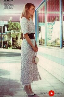 Emma Stone en Vogue [936x1422] [365.11 kb]