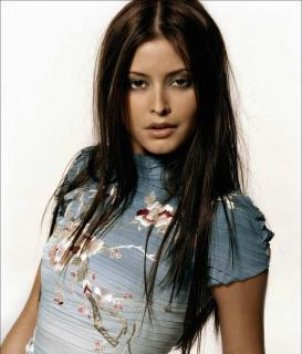 Holly Valance [3252x3800] [850.42 kb]