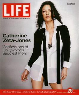 Catherine Zeta Jones [1000x1207] [145.72 kb]