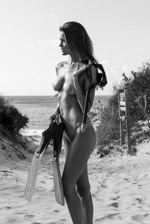 Katelyn Pascavis Desnuda [468x698] [79.7 kb]