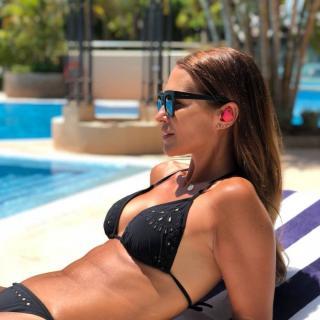 Paula Echevarría en Bikini [1080x1080] [119.09 kb]