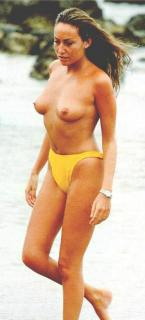 Sonia Moldes en Topless [412x906] [42.51 kb]