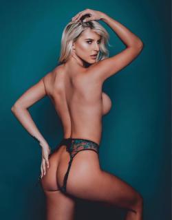 Brennah Black en Playboy Desnuda [1501x1920] [227.93 kb]