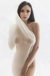 Iryna Ivanova [800x1200] [203.73 kb]