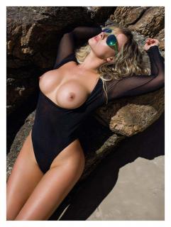 Lola Melnick en Playboy Desnuda [1276x1689] [410.48 kb]