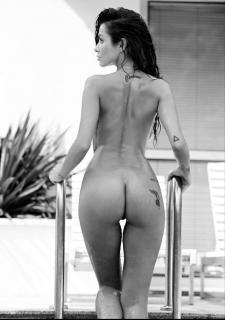 Natalia Siwiec en Playboy Desnuda [1942x2754] [345.25 kb]