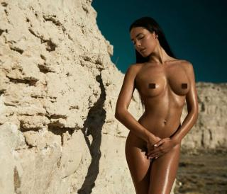 Ana Moya Calzado Desnuda [1080x927] [200.26 kb]