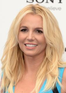 Britney Spears [701x980] [125.43 kb]
