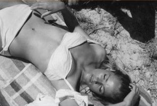 Ursula Andress [418x284] [24.98 kb]