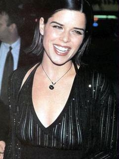 Neve Campbell [451x600] [40.48 kb]