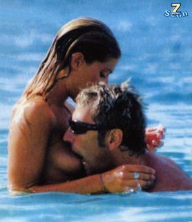 Francesca Piccinini en Topless [783x900] [106.48 kb]