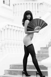 Nina Daniele en Playboy [1920x2880] [556.23 kb]
