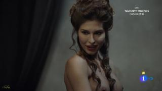 Elena Valencia en Aguila Roja Desnuda [1600x900] [92.75 kb]