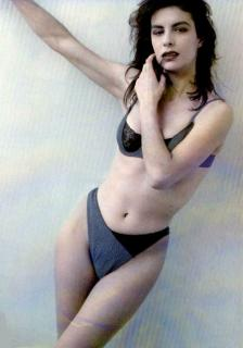 Alejandra Grepi [491x700] [43.8 kb]
