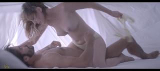 Natalia de Molina en Kiki El Amor Se Hace Desnuda [1600x718] [89.77 kb]