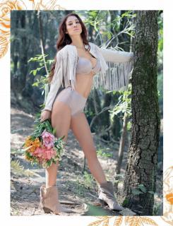 Sonia Sarpe en Revista H [1736x2259] [683.97 kb]