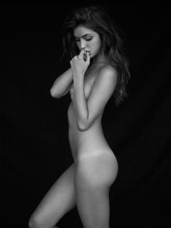 Jehane 'Gigi' Paris Desnuda [1500x2000] [336.48 kb]